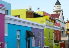 大厦明亮的多彩多姿的门面在BoKaap开普敦区  免版税图库摄影