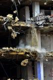 大厦爆破崩溃的建筑扯下  免版税库存照片