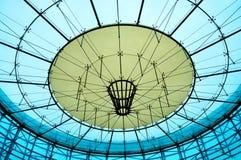 大厦现代玻璃屋顶  免版税库存照片