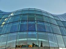 大厦玻璃结构 免版税图库摄影