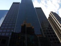 大厦的反映 图库摄影