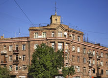 大厦的片段在耶烈万 的臂章 免版税库存图片