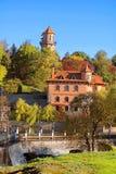 大厦看法在秋天公园、Buki或者Buky,乌克兰 库存图片