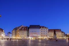 大厦美好的微明外部德累斯顿Frauenkirche 免版税库存照片