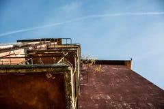 大厦葡萄酒和老 免版税库存图片