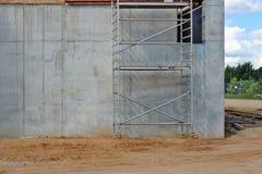 大厦金属模板结构用于建筑 免版税库存图片