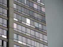 大厦细节在街市的商业区。 图库摄影