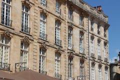 大厦- Place du Parlement -红葡萄酒-法国 免版税库存图片