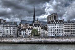 大厦cathedral贵妇人・ de notre巴黎 图库摄影