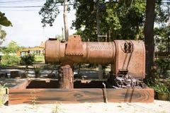 大古老水泵在Wat Kiean轰隆Kaew庭院里  库存照片