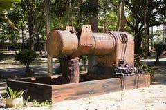 大古老水泵在Wat Kiean轰隆Kaew庭院里  库存图片