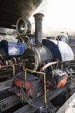 大吉岭,印度, 2017年3月3日:在火车站的蒸汽机车 库存图片