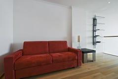 大块的沙发 免版税库存照片