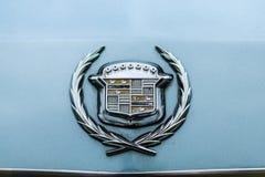 大型个人豪华汽车卡迪拉克黄金国七一代的树干装饰品 免版税库存图片