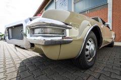 大型个人豪华汽车Oldsmobile Toronado, 1968年 库存照片