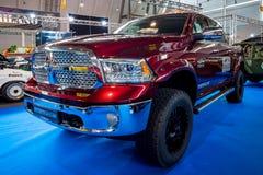 大型卡车推托Ram 1500 Laramie乘员组小室, 2017年 免版税图库摄影