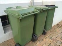 大型垃圾桶 库存图片