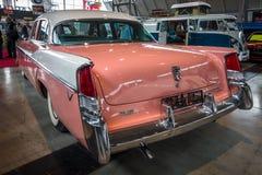 大型汽车克莱斯勒温莎, 1956年 图库摄影