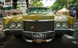 大型豪华汽车卡迪拉克轿车Deville, 1970年 库存图片