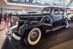 大型豪华汽车卡迪拉克V16系列90大型高级轿车, 1939年 免版税库存照片