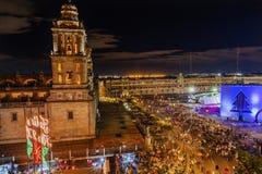 大城市大教堂Zocalo墨西哥城墨西哥圣诞夜 免版税图库摄影