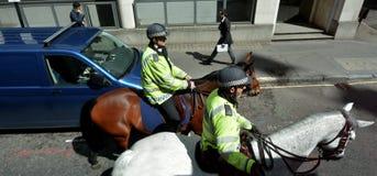 大城市警署登上的官员 库存照片