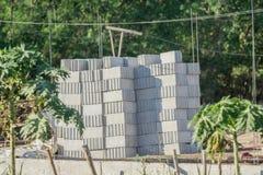 大堆砖块为建筑做准备 图库摄影