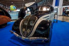 大家庭汽车标致汽车402盛大豪美的N4Y, 1937年 免版税库存照片