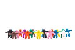 大小组彩色塑泥人 库存图片