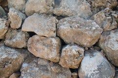 大岩石墙壁 免版税库存图片