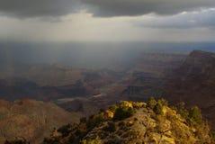 大峡谷和科罗拉多河 免版税库存照片