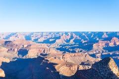 大峡谷的长的透视照片 免版税图库摄影