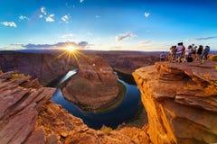 大峡谷马鞋子弯光亮的日落Sunstar 免版税库存照片