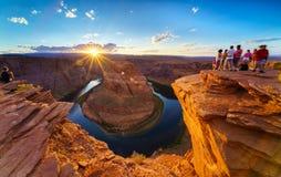 大峡谷马鞋子弯光亮的日落Sunstar 免版税图库摄影