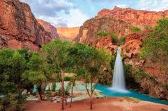 大峡谷,惊人的havasu在亚利桑那落 库存照片