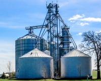 大工业农场在日内瓦湖,与布罗克筒仓的WI 免版税图库摄影