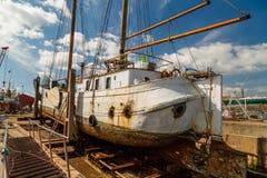 大帆船在船坞 图库摄影