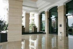 大干净的入口旅馆豪华宽敞 库存照片