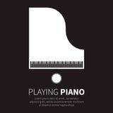 大平台钢琴和椅子 免版税库存照片