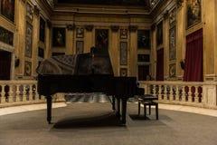 大平台钢琴 免版税库存图片