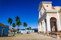 大广场在特立尼达,小镇,古巴典型的看法  免版税库存照片