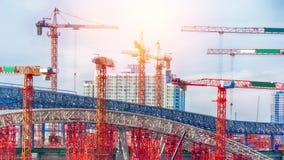 大建造场所包括几台起重机 图库摄影