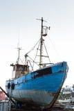 大拖轮在港口公园 库存图片