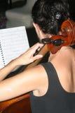 大提琴球员 免版税库存图片