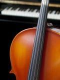 大提琴钢琴 免版税库存图片