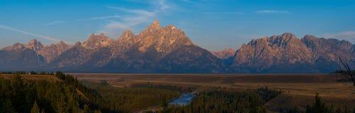 大提顿峰山脉全景 免版税库存照片