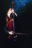 大提琴神秘音乐的音乐家 库存图片