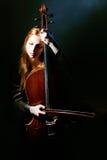 大提琴神秘音乐的音乐家 库存照片