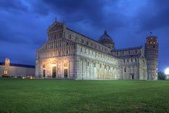 大教堂倾斜比萨塔的意大利 免版税库存照片