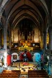 大教堂内部的装饰圣诞节的 免版税库存图片